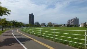 JR森林公園駅付近
