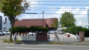 西岡図書館