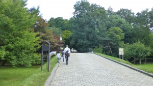 天神山緑地入口