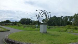 彫刻・花の輪と和