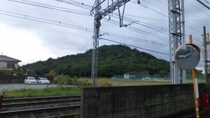 近鉄大阪線から眺めた耳成山
