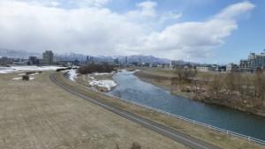北13条大橋より札幌中心部を望む