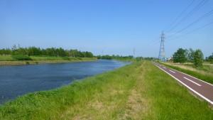 発寒川と自転車道