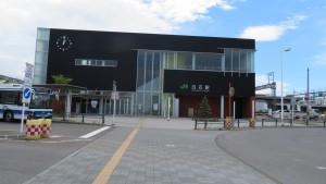 JR白石駅(北口)