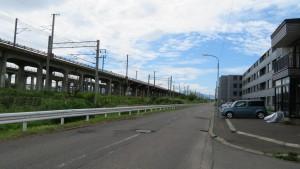 JR函館本線(高架はJR千歳線)