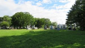 白石本通墓地