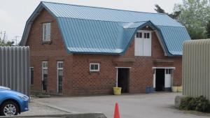 レンガ造りの倉庫