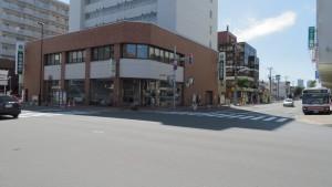 地下鉄北24条駅付近
