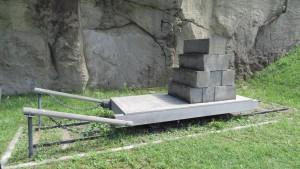 石山軟石を運ぶ台車