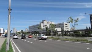 厚別青葉通とJCHO札幌北辰病院