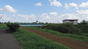 砂山橋とワラビ川排水機場