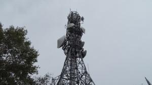 頂上にある札幌市消防局無線中継所