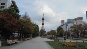 噴水とテレビ塔(3丁目)