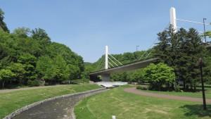 厚別川と滝野パークブリッジ