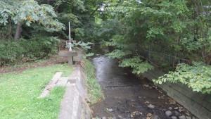 精進川と水門