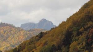定山渓天狗山を望む