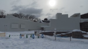 建設中のホッキョクグマ館