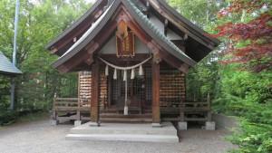 平岸天満宮と太平山三吉神社の拝殿