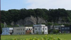 豊平川の断崖を望む