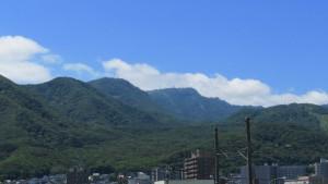 手稲山山頂を望む
