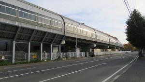 平岸通と地下鉄の高架部