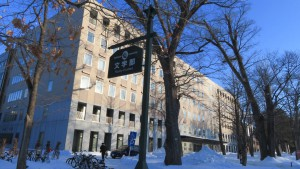 文学部校舎