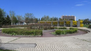星置公園中央広場とパーゴラ