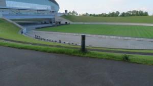 オープンアリーナとホヴァリングサッカーステージ