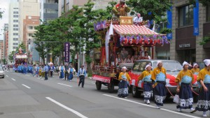豊平祭典区の山車と山車人形(加藤清正)