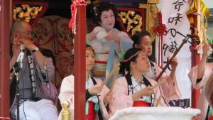 豊平祭典区山車舞台でのお囃子演奏