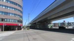 札樽自動車道高架橋