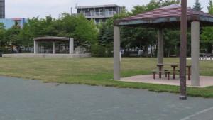 白石南公園「野外ステージとあずまや」