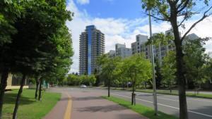 森林公園パークタウンの美しい街並み