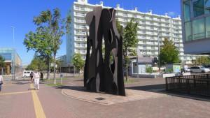 野外彫刻「MUSE/国松明日香」