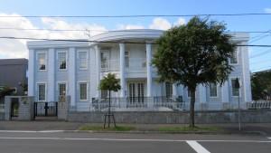 ホワイトハウス風の邸宅