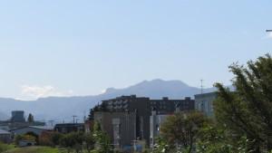 神威岳・百松沢山・烏帽子岳を望む