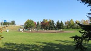 「発寒西陵公園」野球場