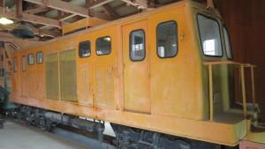 森林鉄道機関庫「森林鉄道ディーゼル気動車10トン機」