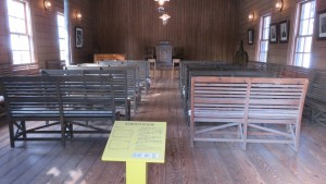 旧浦河公会会堂内部