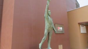 札幌オリンピック開催記念の像