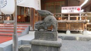 狛犬(向かって右)
