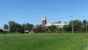 八紘学園(北海道農業専門学校)を望む