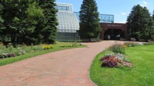 緑のセンターと温室