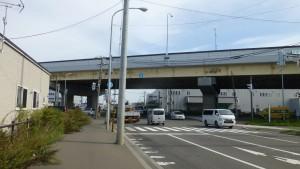 米里通・札幌新道交差点と札樽道高架