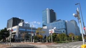 NHK札幌放送局と創世スクエアを望む
