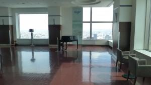 JRタワー展望室内のピアノ