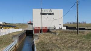 米里排水機場