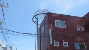 北海道ノーモアヒバクシャ会館と屋上の原爆ドーム【柏山線】